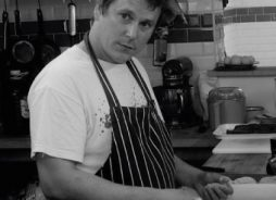 Robin Rea Vale House Kitchen Tutor